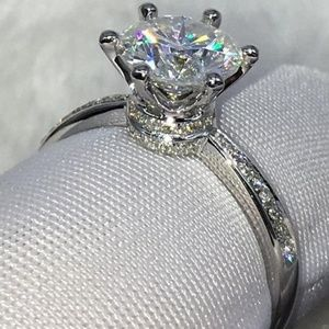 Wedding rings / engagement rings